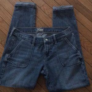 Old navy Diva size 4 jeans w/ folded bottom